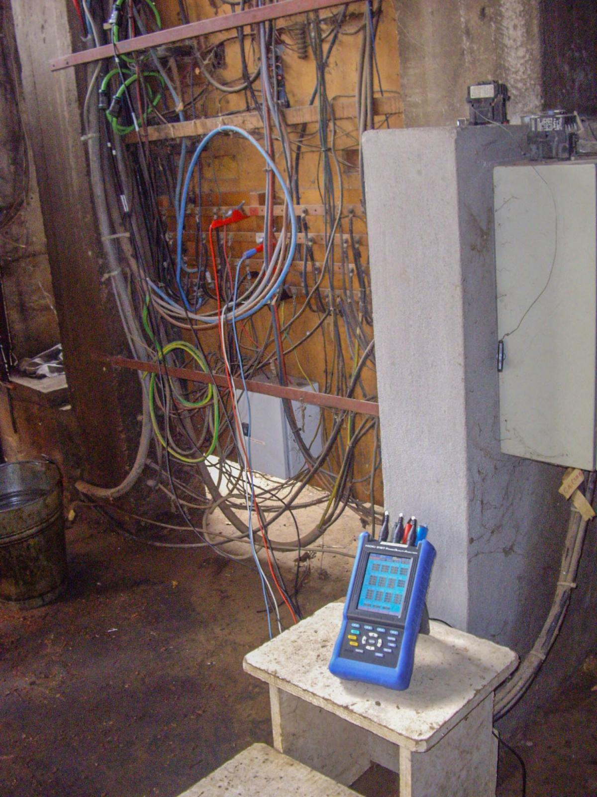 Emi For The Electrical Engineer House Wiring Strategy Stage 1 An Hioki Power Analyzer In Use On Site During Ee Assessment Being Conducted Project Trip